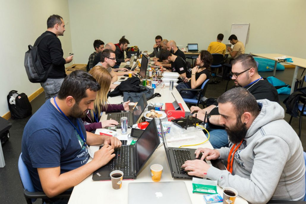 5 universities, 12 teams, 48 hours of coding with IoT-Ignite and